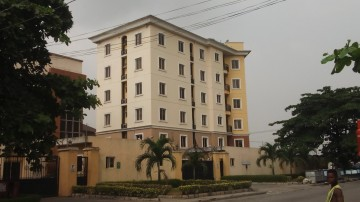off Admiralty way, To Let, Lekki Phase 1