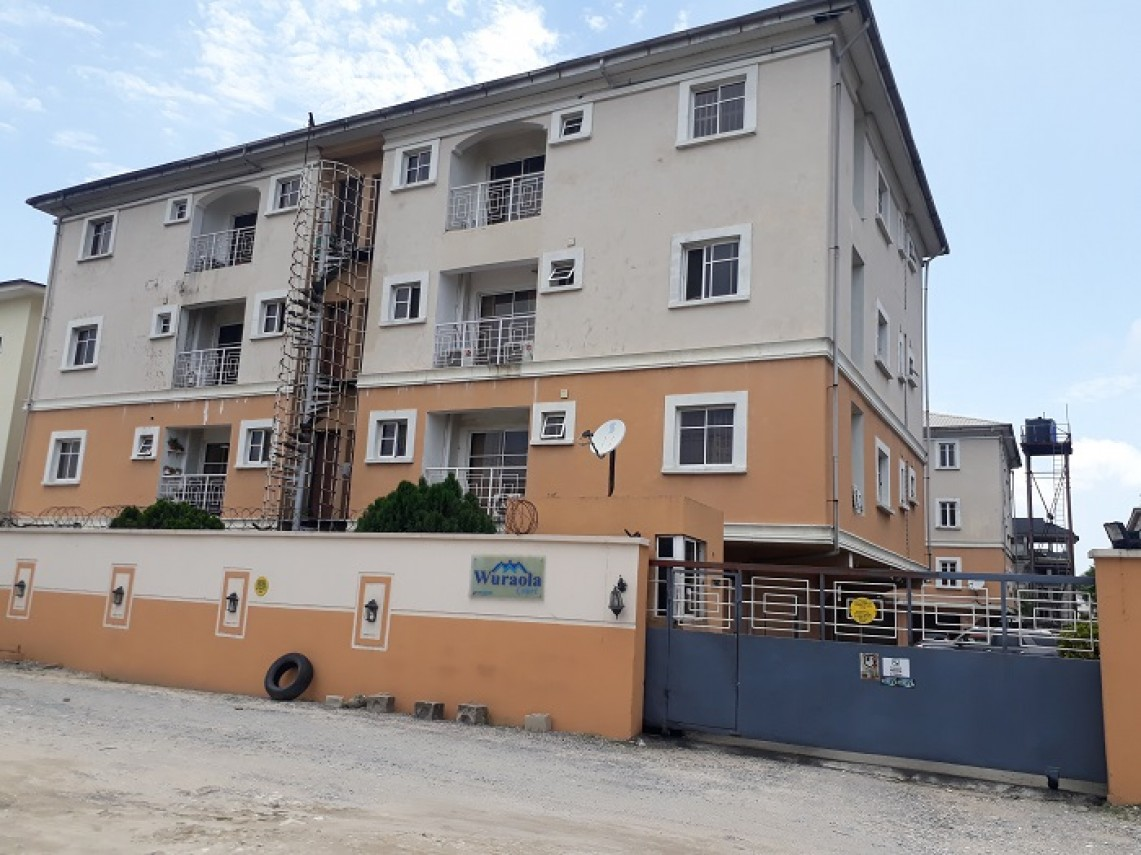 To Let, Oniru Estate
